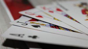 Esitetty kuva 4 Live Dealer kasinopeliä joista sinun pitäisi tietää 300x167 - Esitetty-kuva-4-Live-Dealer-kasinopeliä-joista-sinun-pitäisi-tietää