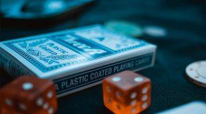 Esitetty kuva 3 työpajaa ja kurssia kunnianhimoisille live kasinojakajille 300x167 - Esitetty-kuva-3-työpajaa-ja-kurssia-kunnianhimoisille-live-kasinojakajille